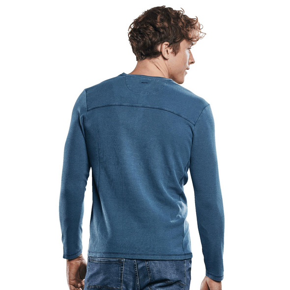 Henley Shirt in Waffeloptik.