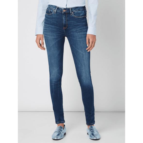 Jegging Fit Jeans mit Label-Patch