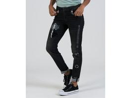Jeans mit besonderen Patches